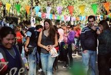 Baúl de Moda urbanizado / Baúl de Moda desde el 2009 se expresa en la calle, a través de eventos culturales que alientan al espíritu emprendedor.