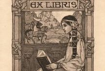 """Ekslibris / (İngilizce """"Bookplate"""" olarak da bilinir) Kitapseverlerin kitaplarının iç kapağına yapıştırdıkları üzerinde adlarının ve değişik konularda resimlerin yer aldığı küçük boyutlu grafik çalışmalar"""
