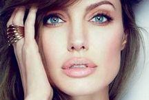 Makeup / by Alina Andreea