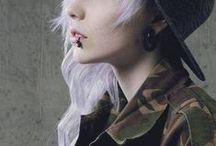 white hair *.*