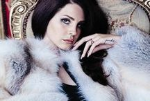 Stars in Fur / Everyone can agree that the golden age of Hollywood was awash in glamour, style, beauty and elegance.