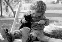 Les enfants et des animaux