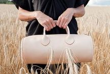 Collection - Maison Charoussas / Each bag produced by the Maison Charoussas is made of full-grain leather. Our leather is neither chemically treated nor waterproofed: it therefore remains a natural, living material.