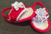 The Daily Knitter & Crocheter / Crocheting and knitting. Blogger. Craft blogs. Tutorials and free patterns.