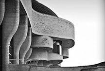 Ϫ - Architecture