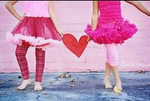 Valentine's Day Ideas / Cute Valentines Crafts, Valentine Cards for School, Valentine Food ideas for parties, Valentine Photo Shoots,