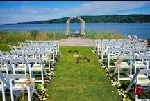 Ideas 4 Your Wedding @ The Edgewater House / Beach Wedding Ideas in Washington. How to make a perfect wedding day!