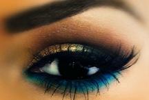 Agradável aos olhos / Maquiagem, cabelos, unhas.