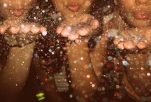 glitterrr ♥ / by Laura Siguenza
