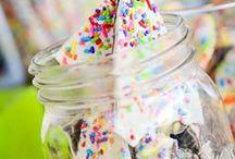 FUNFETTI, SPRINKLES & CAKE BATTER !