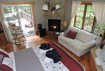 Rooms & Suites / Discover Auberge et Spa Beaux Reve's charming, cozy, and romantic rooms.