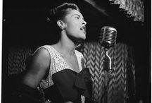 Billie Holiday by William P. Gottlieb /  https://oigofotos.wordpress.com/2015/04/07/billie-holiday-centenario-voz-inigualable-retrato-william-p-gottlieb