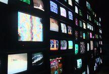 tv. BLACK MIRROR / >> BLACK MIRROR (2011-)