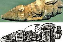 Ooparts / OOPArt es el acrónimo en inglés de out of place artifact ('artefacto fuera de lugar' en español).1 Es un término acuñado por el naturalista y criptozoólogo estadounidense Ivan T. Sanderson (1911-1973) para denominar a un objeto de interés histórico, arqueológico o paleontológico que se encuentra en un contexto muy inusual o aparentemente imposible que podría desafiar la cronología de la historia convencional.  Este término es raramente usado por los principales historiadores o científicos.