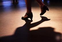 Cruise and Dance / Cruise & dance is een swingende all-inclusive dinnershow. Dance classics, soul uit de 70's en 80's, discohits uit de jaren 90, kortom: time to dance!