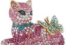 CATS - Decor, Collectibles, Jewelry, Art / by Gladys Hagerty