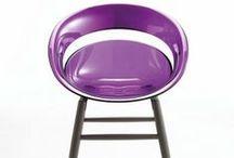 Les chaises by superstore.fr / Superstore, spécialiste du mobilier de bureau, du bureau design et du mobilier contemporain. Retrouvez notre sélection de meubles et de sièges design