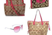 Fashion bags / Bolsos de moda / Antes muerta que sin bolso // Better to die than go without bag.