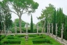 Classical Italian Gardens / by Pinterest Group Boards World