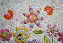 Free Motion Quilting Designs / by Patricia Belyea