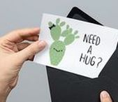 POSTCARDS / Receiving postcards is so much fun. What about sending them! On this bord you can find all types of postcard design.