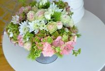 Summer Floral Arrangements / Summer flowers and flower arrangements perfect for the warm months!