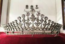 BLING - TIARA / any kind of tiaras, diadems, crowns