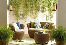 Garden Inspiration / Stunning ideas on how to decorate the garden for special occasions.
