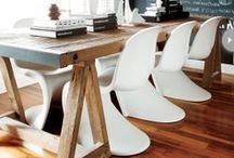 Verner Panton Chair - Einrichtungsideen / Der Verner Panton Chair lässt durch seine zeitlose Form die Herzen vieler Interior Liebhaber höher schlagen.  Egal ob als Stuhl beim Dinner, im Office oder als Designelement im Outdoor-Bereich.   https://modecor.com/verner-panton