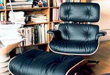 Eames Lounge Chair - Einrichtungsideen / Der Eames Lounge Chair zählt wohl zu den bekanntesten Werken des Designers Charles Eames. Das zeitlose Design des Relax-Sessels ermöglicht ihm in einer seiner vielen Ausführungen garantiert der neue Lieblingsplatz seines Besitzers zu werden.   https://modecor.com/Eames-Lounge-Chair