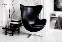 Arne Jacobsen Egg Chair - Einrichtungsideen / Ei Ei Ei - Der Egg Chair von Arne Jacobsen, gehört zu einem der wohl bekanntesten von Fritz Hansen übernommen Designermöbel. Das Design ähnelt einem Ei und hat dadurch einen für einen Sessel eher unüblichen Style.   https://modecor.com/navi.php?qs=Arne+Jacobsen+Egg+Chair+