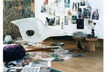 Charles and Ray Eames La Chaise - Einrichtungsideen / Mittlerweile ist der Eames La Chaise Longue in vielen Farben erhältlich. Uns von moDecor Furniture hingegen gefällt der von Vitra übernommene Klassiker in zeitlosem Weiß am allerbesten. Trotz seines Alters, lässt er stilsicher jeden Wohnraum modern erscheinen.  https://modecor.com/Eames-La-Chaise-in-Weiss