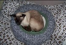 ~ CROCHET for pets ~ / Animals don´t need clothes, they need boxes :o)) / by Amina O with ♥ @ postmodern Amina O blog