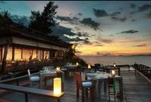 Six Senses Samui / Six Senses Samui is set on a gently sloping headland at the northern tip of Samui Island. The 66 private villas, many with personal pools, are landscaped within natural vegetation, and with glorious panoramas out to the Gulf of Thailand.