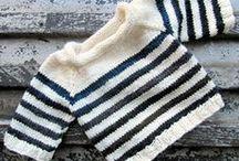 Knitted kids wear / Handgebreide babykleding en -dekentjes