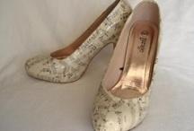 Decoupage Shoes / by Sabrina Emil