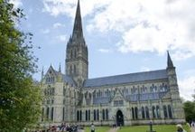 Salisbury & Winchester Tours With Southampton Chauffeur Hire / Ideal for cruise ship visitors for a part or full day out to see these two beautiful cathedral cities. Bespoke tours with Southampton Chauffeur Hire.