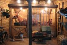 Model horse stable accessories