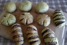 Yeast breads / Yeast breads - sweet and savory yeast breads