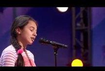 Chant Classique/ Laura / Laura Bretan, American/Romanian born 02 - (said to be) Christian - at 13y she won Romanian's Got Talent 016apr & she appeared on America's Got Talent 016jun to sept winning great fame https://www.facebook.com/OfficialLauraBretan/