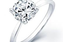 Round Solitaire Engagement Ring /  Add a bit of sparkle to her life with a stunning round solitaire engagement ring from Beverly Diamonds. An engagement ring is a symbolic representation of your love, the perfect gesture that shows your emotions without you having to say a word.