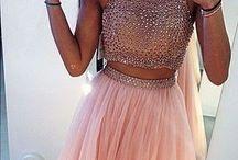Prom dresses / Prom dress ideas