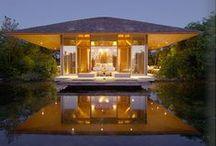 Resorts & Villas