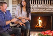 Chip and Joanna Gaines / I cannot believe somebody doesn't like them and their amazing TV program.