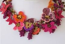 Floral crochet jewelry / Crochet, handcrafted, flowers, necklace, bracelet, lovely, colour