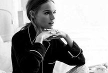 Miss Bosworth / Queen of minimalism