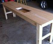 naaimachine tafels / Een naaimachine ingebouwd in een tafel is echt super handig werken. Hier wat ideetjes.
