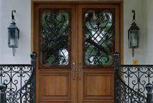 Casa: Portas e Janelas / Portas, portões, batentes, janelas, maçanetas etc.