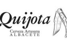 Quijota Cerveza Artesanal y Lope Vinos&Gourmet, en Madrid / De la mano de Juan Ezequiel Campos González nace en Albacete, Cervezas Artesanas de Albacete Quijota. Lo que comenzó como una simple curiosidad por el mundo de la cerveza artesana derivó en un proyecto empresarial. En 2012 comenzó la construcción de lo que hoy es una realidad, sus instalaciones en el polígono Campollano de Albacete. Manteniendo el espíritu de la cerveza artesana, hoy tenemos la capacidad de producir diferentes tipos de cervezas con ese sabor característico.