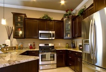 Kitchens & Dining Rooms / A collection of Tommy Williams Homes' favorite custom kitchens and dynamite dining rooms